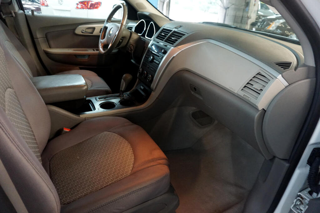 2012 Chevrolet Traverse AWD 4dr LS