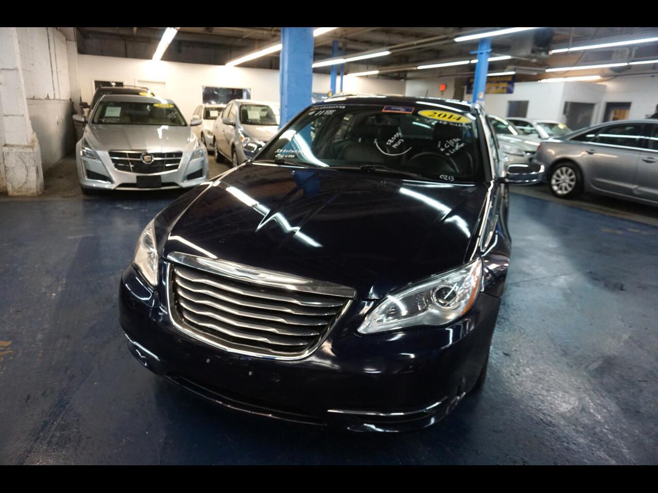 2014 Chrysler 200 4dr Sdn Limited