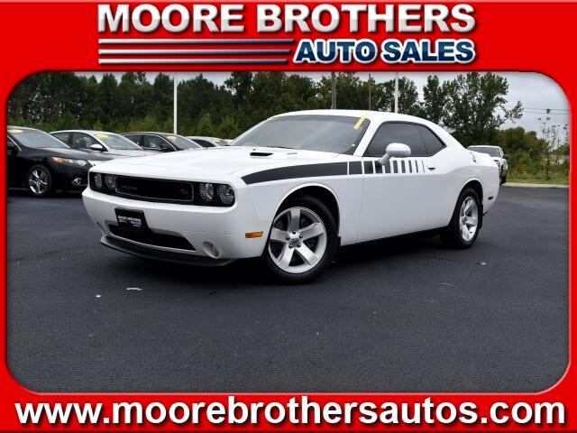Dodge Challenger  2012