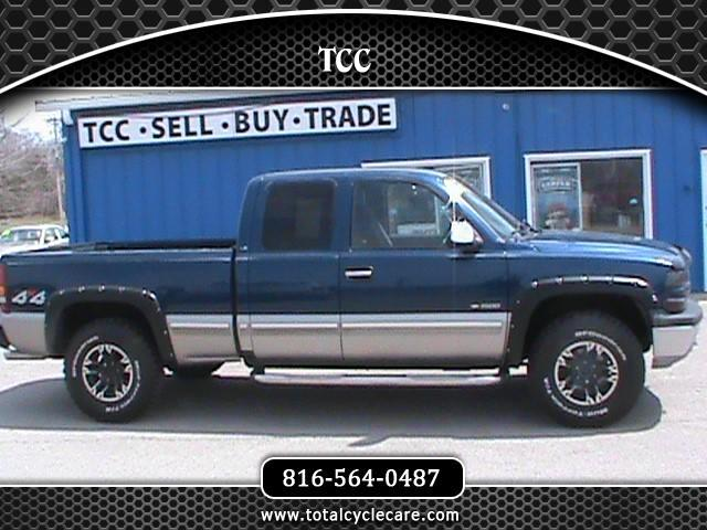 2002 Chevrolet Silverado 1500 LT Ext. Cab Short Bed 4WD