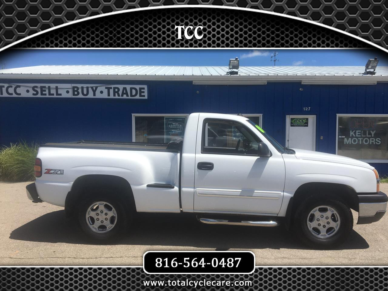 Chevrolet Silverado 1500 Short Bed 4WD 2004