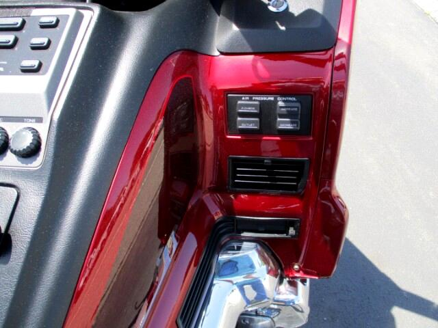buy here pay here 2000 honda gl1500se for sale in coventry ri 02816 iannotti brothers select cars. Black Bedroom Furniture Sets. Home Design Ideas