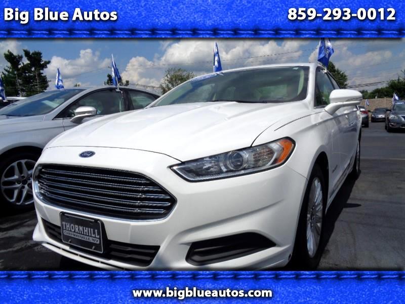 Ford Fusion Hybrid SE 2014