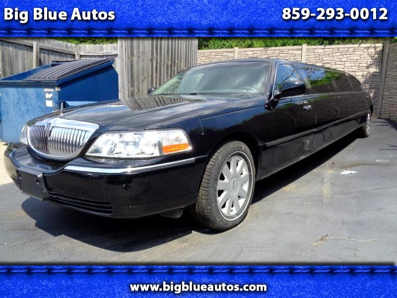 Lincoln Town Car Executive Limo 2006