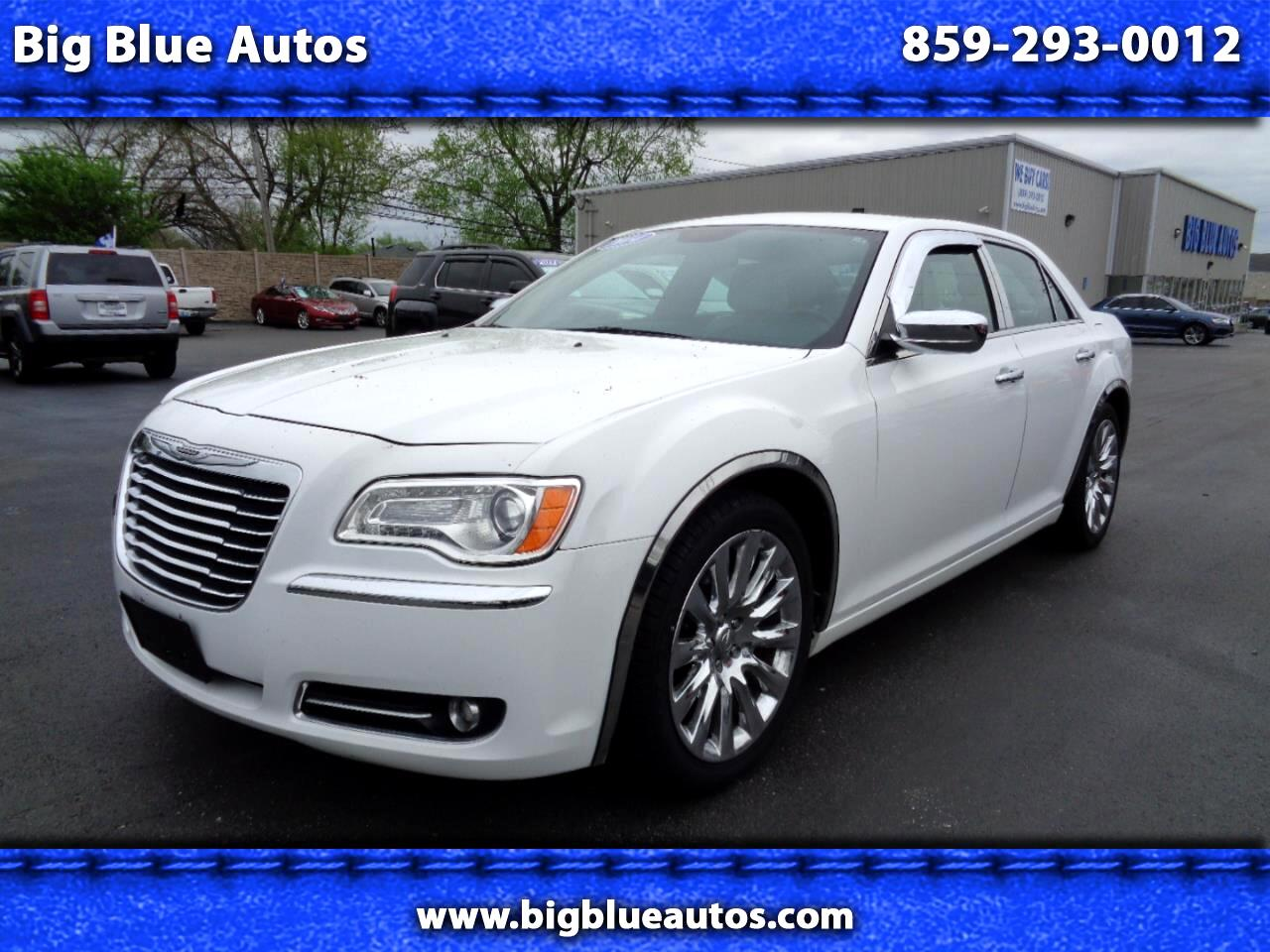 Chrysler 300 4dr Sdn Uptown Edition RWD *Ltd Avail* 2014