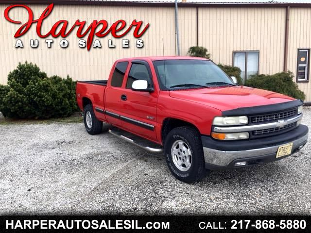 2002 Chevrolet Silverado 1500 LS Ext. Cab 4-Door Short Bed 4WD