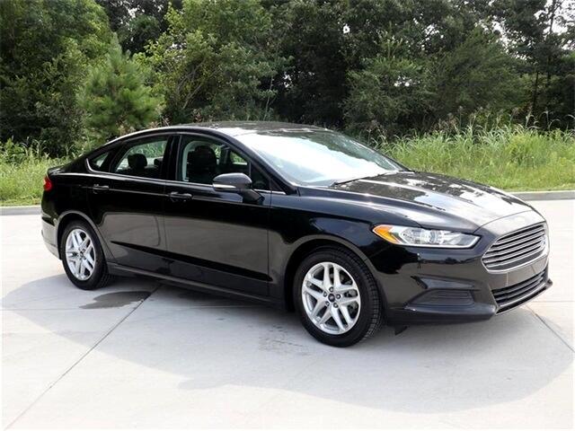 2016 Ford Fusion SE 4D Sedan