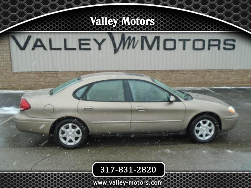 Ford Taurus 4dr Sdn SEL 2006