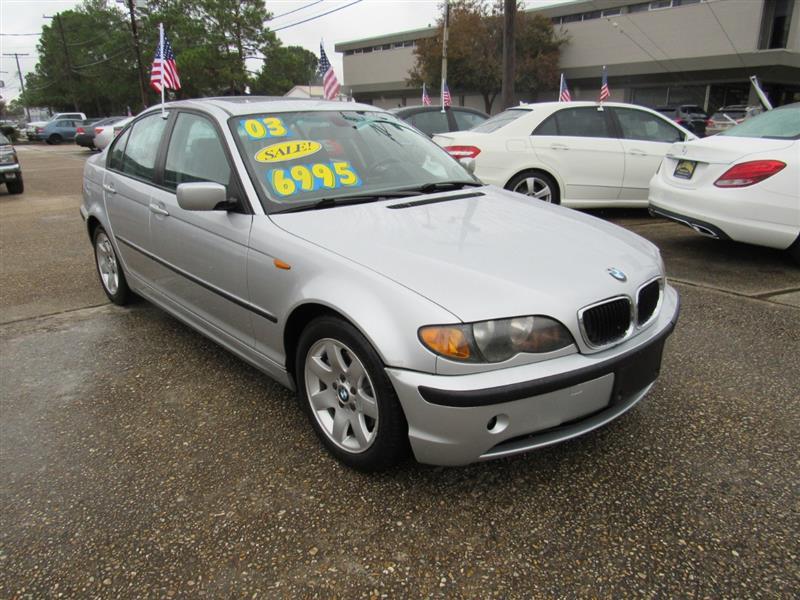 2003 BMW 3-Series 325i Sedan