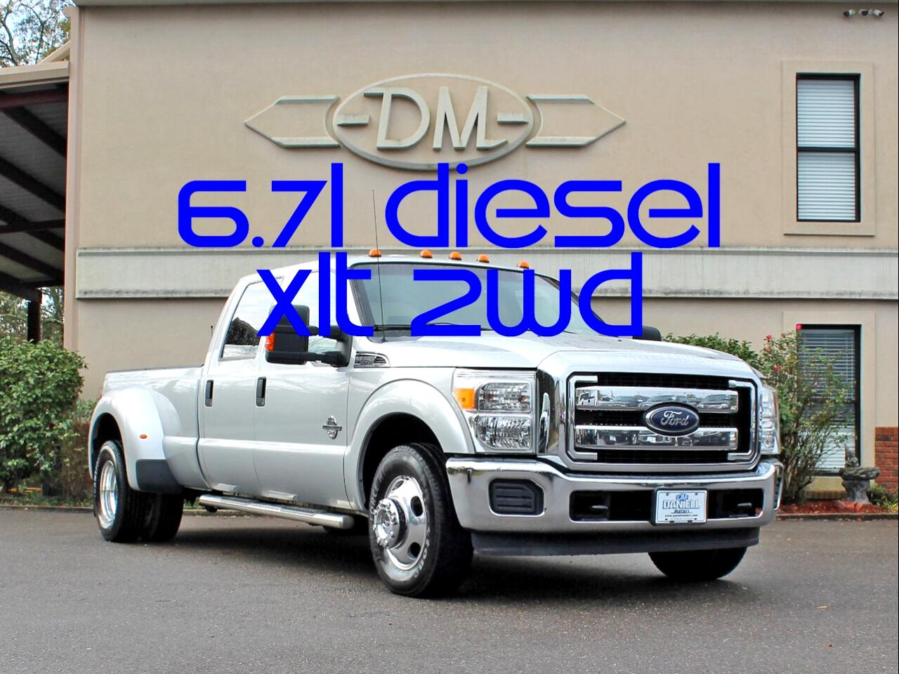 2014 Ford F-350 SD XLT Crew Cab Long Bed DRW 2WD