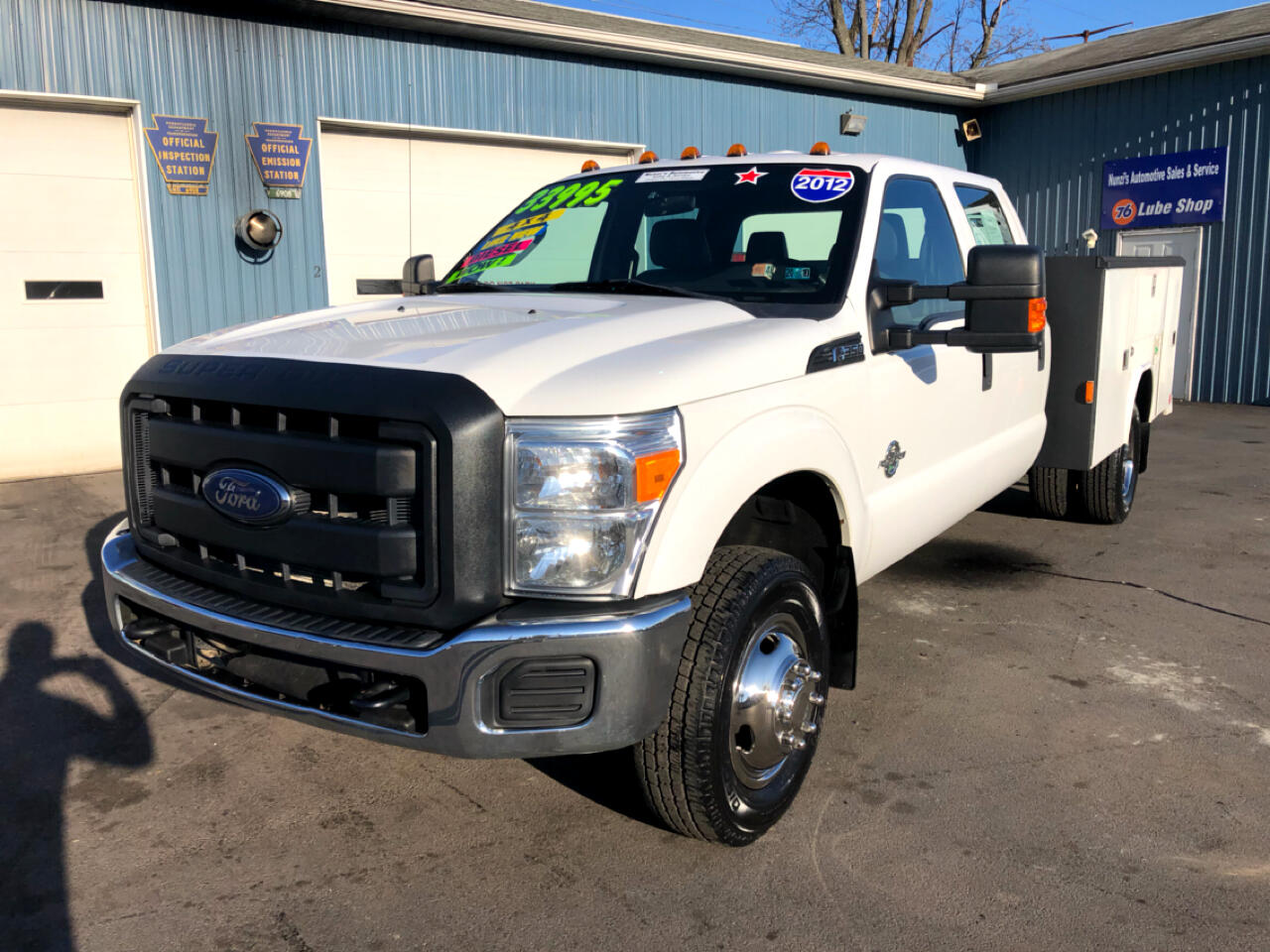 2012 Ford Super Duty F-350 DRW XL 4WD Utility Truck