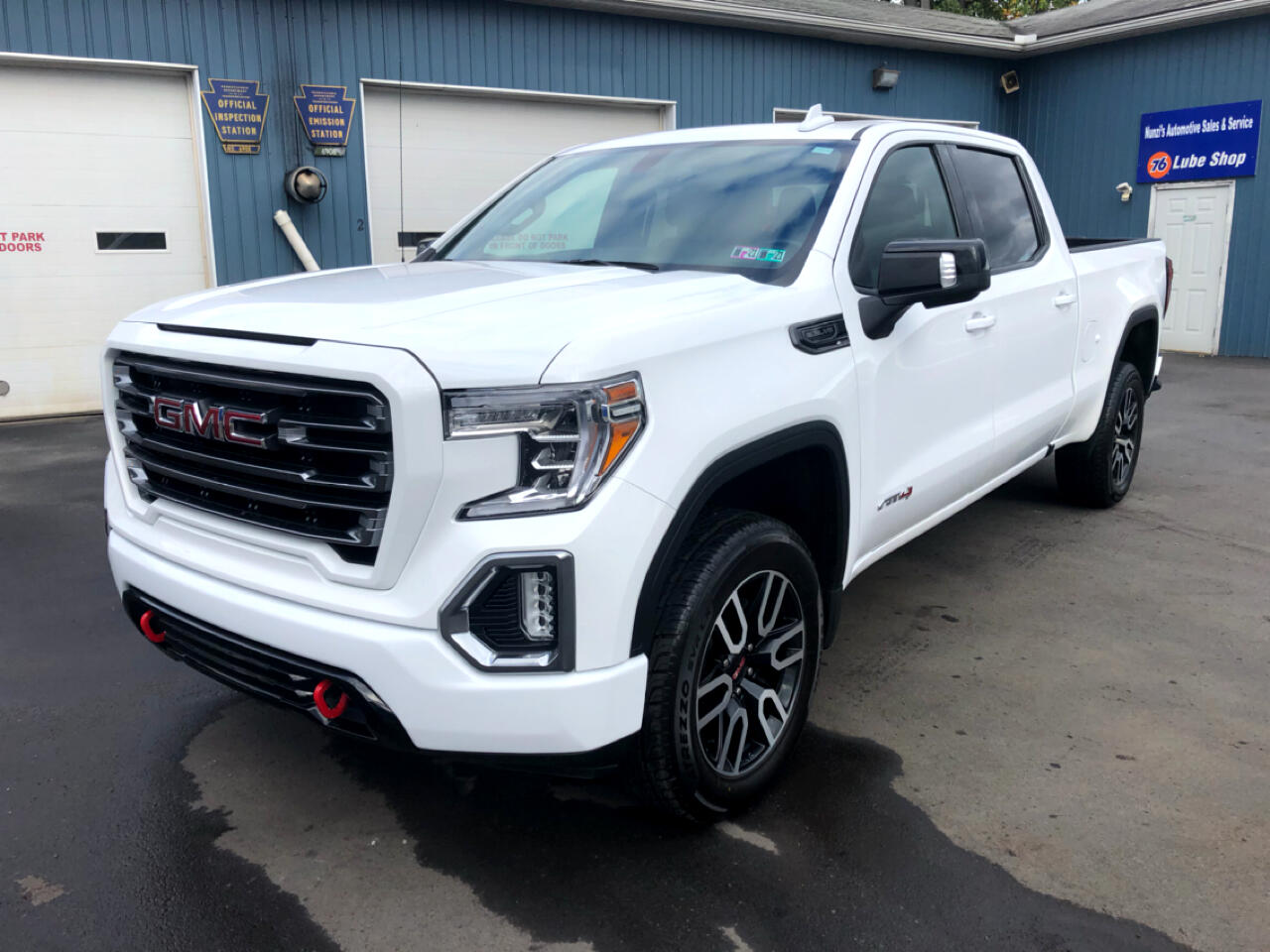 "GMC Sierra 1500 4WD Crew Cab 157"" AT4 2019"