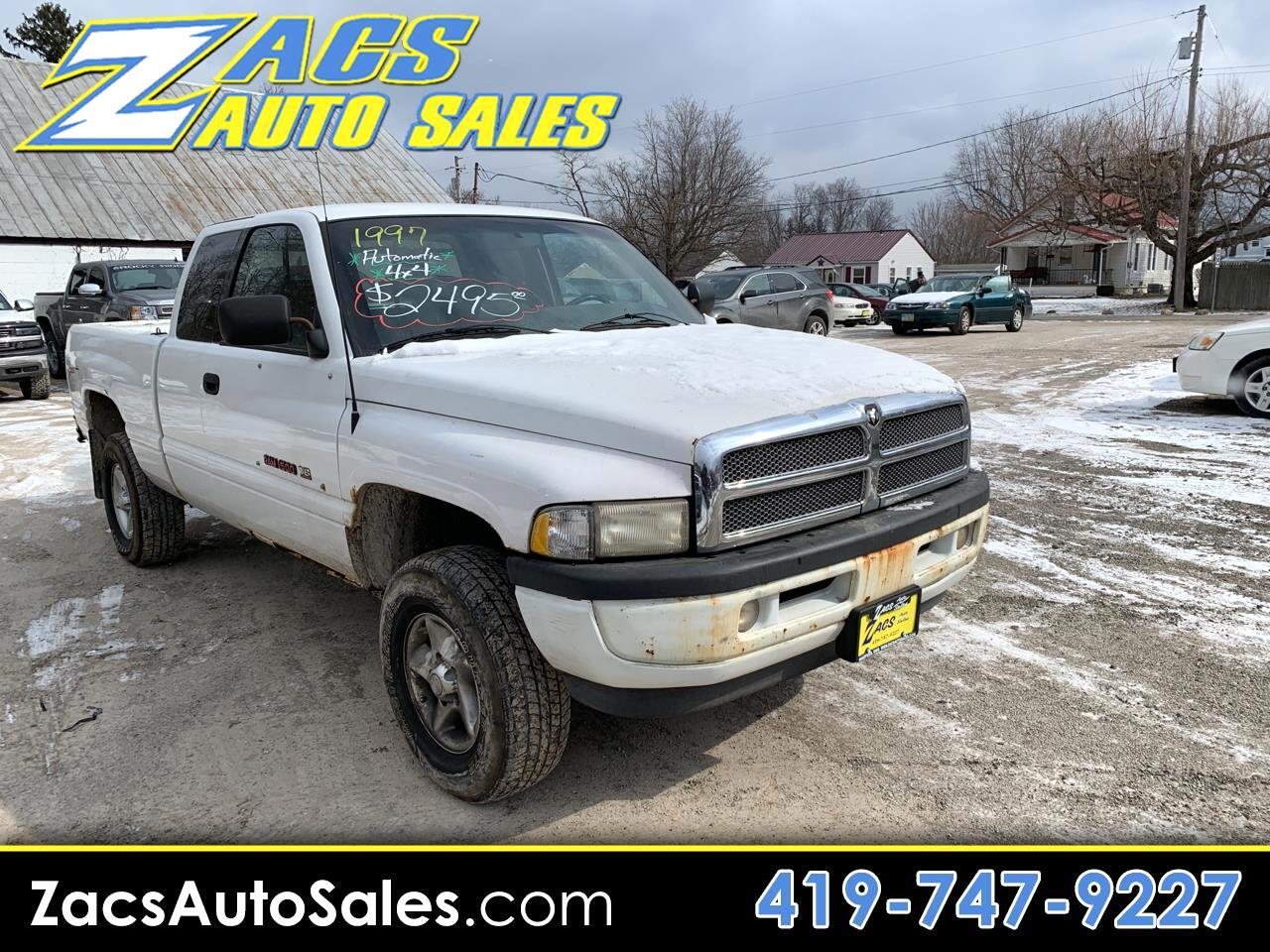 Dodge Ram 1500 ST Club Cab 6.5-ft. Bed 4WD 1997