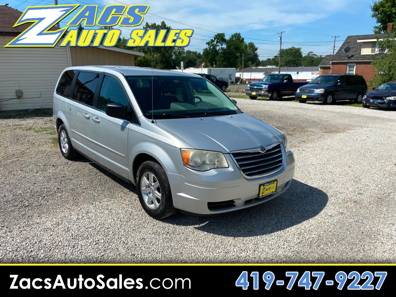 Chrysler Town & Country Voyager 2010