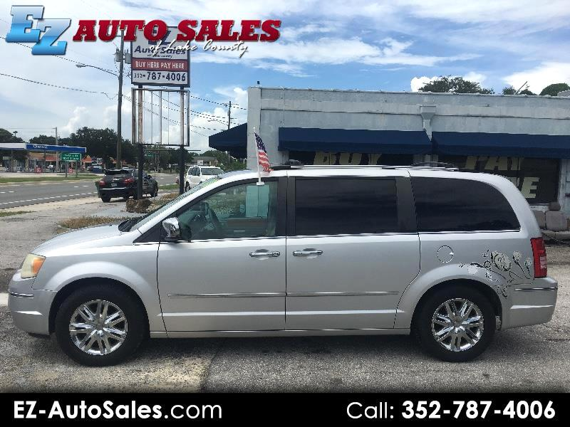 Chrysler Town & Country Limited 2010