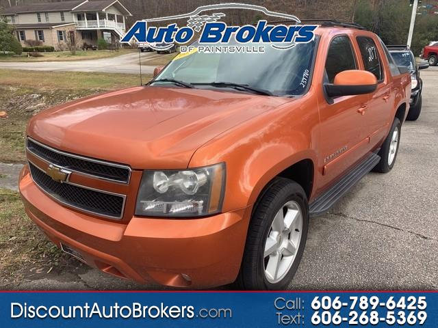 "2007 Chevrolet Avalanche 4WD Crew Cab 130"" LT w/1LT"