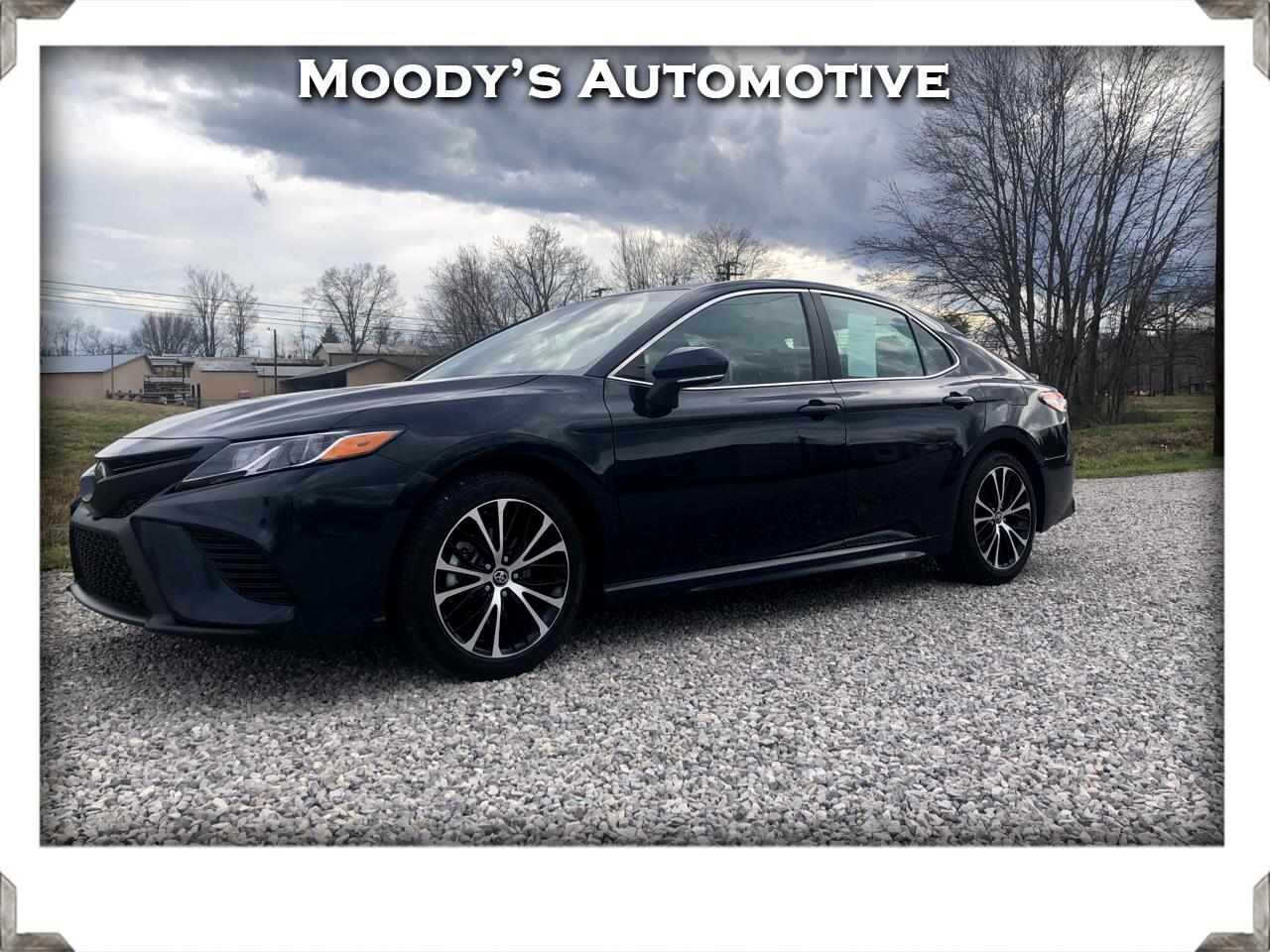 Toyota Camry 4dr Sdn SE Auto (Natl) 2019