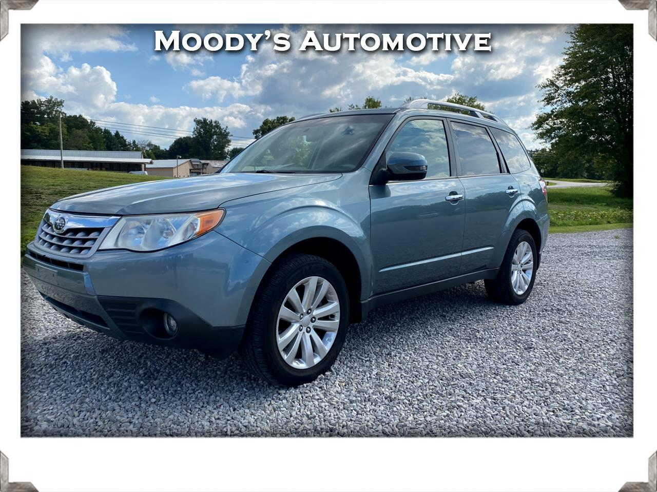 Subaru Forester 4dr Auto 2.5X Touring w/Navigation System 2011