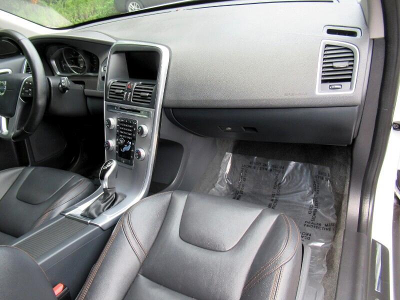 2017 Volvo XC60 T5