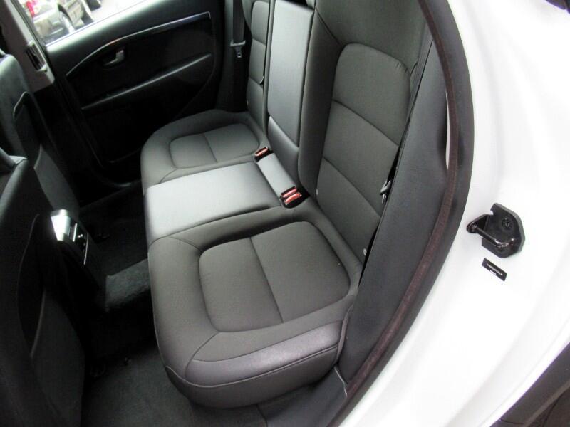 2012 Volvo XC70 3.2 Premier