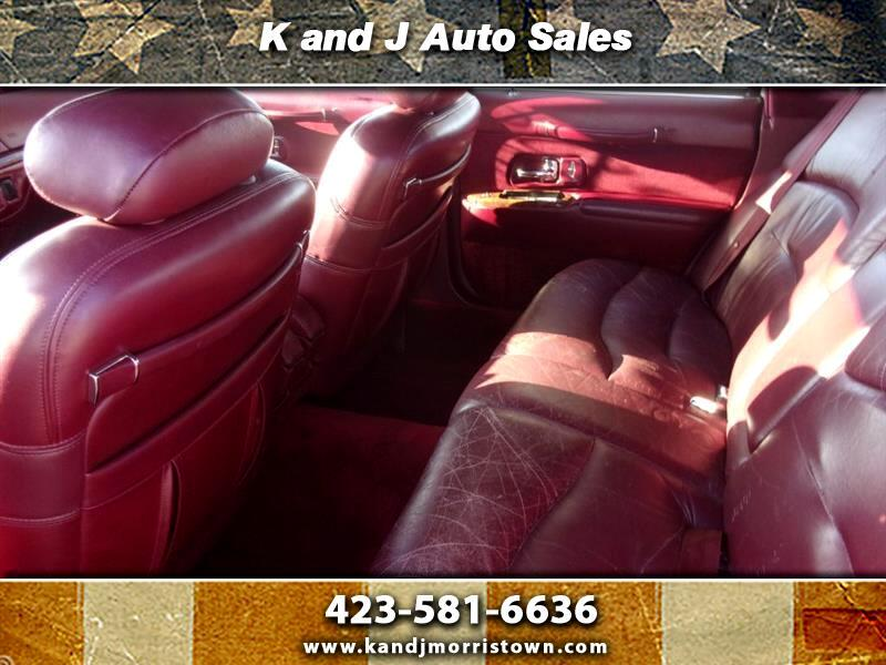 buy here pay here 1995 lincoln town car signature for sale in morristown tn 37813 k j auto sales. Black Bedroom Furniture Sets. Home Design Ideas