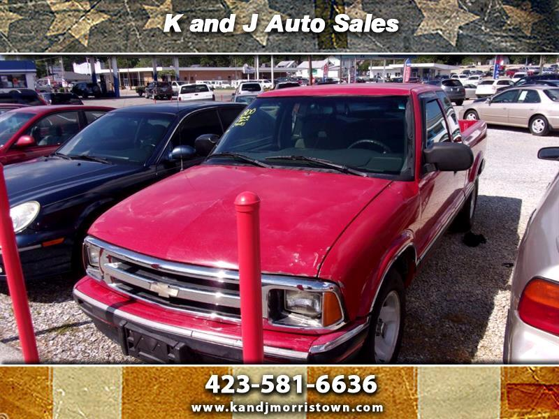 Chevrolet S10 Pickup LS Ext. Cab Short Bed 2WD 1996