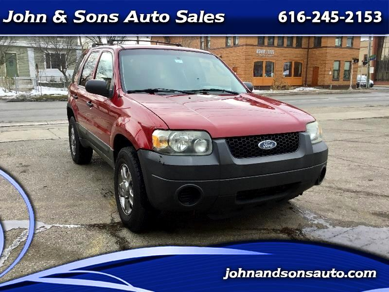 Ford Escape XLS 2WD Manual 2005