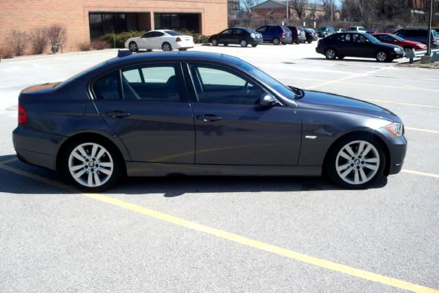 BMW 3 Series 325i Sedan 2006
