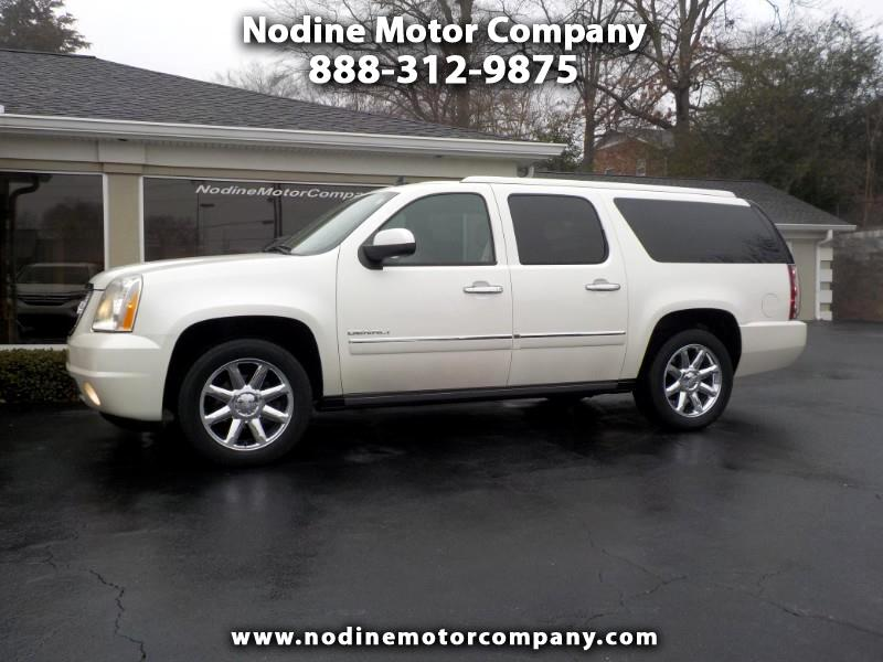 2010 GMC Yukon XL Denali, 2WD, Dual DVD, Navigation,Sunroof