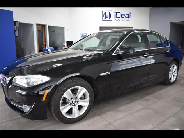 2013 BMW 528i xDRIVE CW AND PREMIUM PKGES