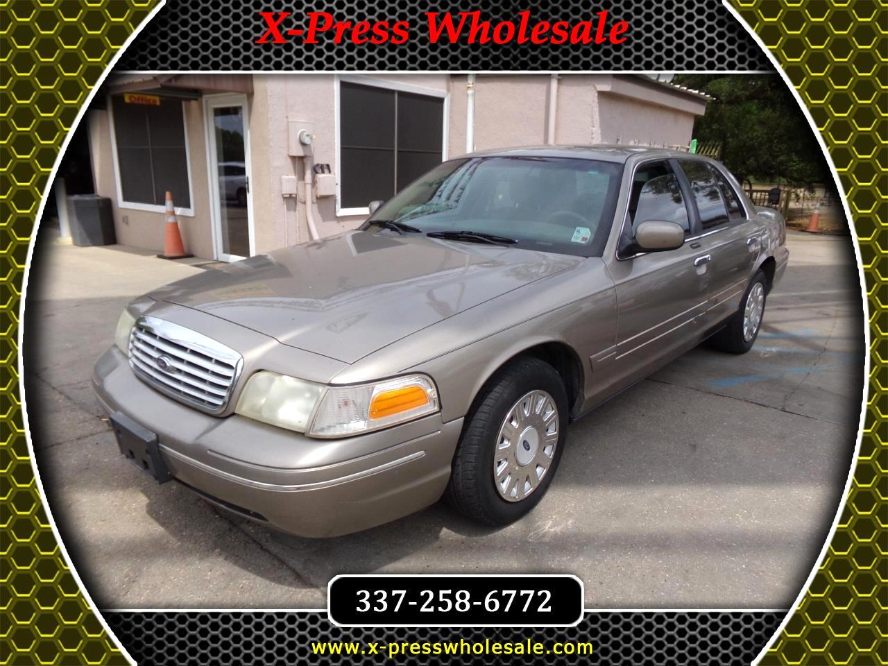 2003 Ford Crown Victoria 4dr Sdn Standard