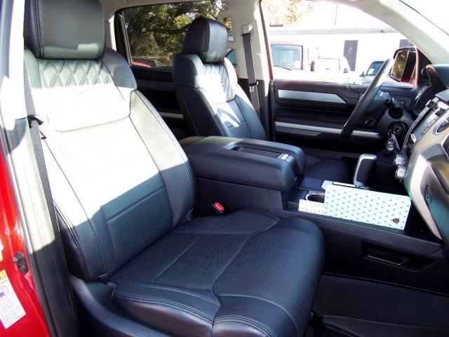2015 Toyota Tundra CrewMax 5.7L FFV V8 6-Spd AT Platinum (Natl)