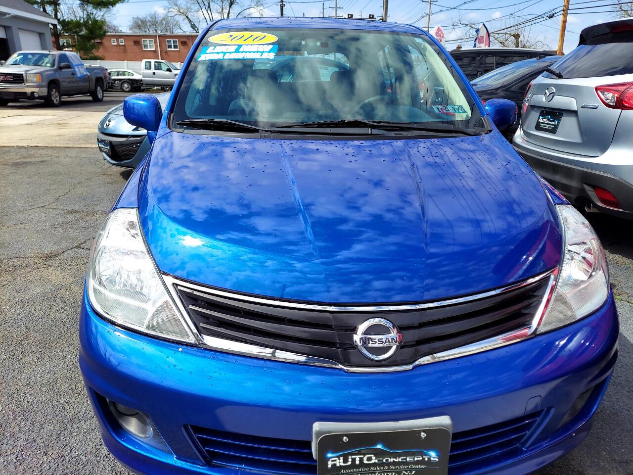 Nissan Versa 1.8 SL Hatchback 2010