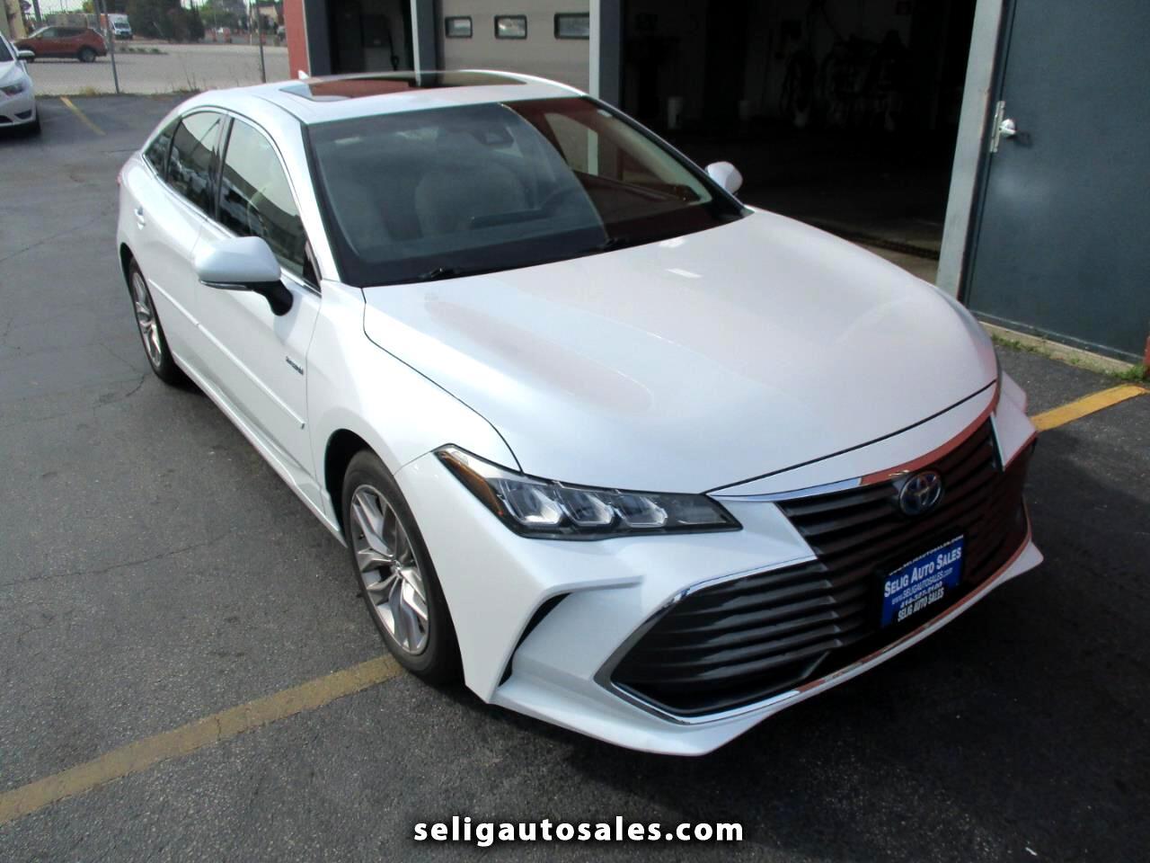 Toyota Avalon Hybrid XSE 2019
