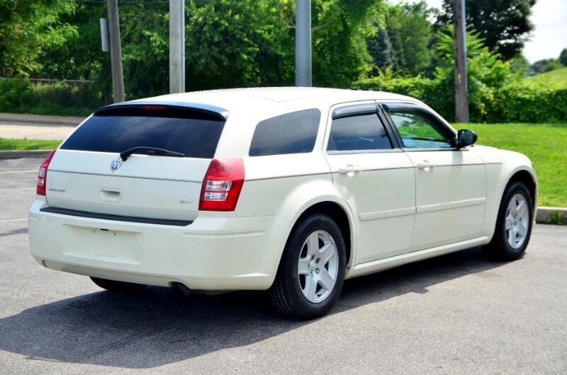 2005 Dodge Magnum SXT