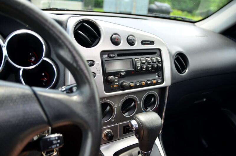 2006 Pontiac Vibe Base