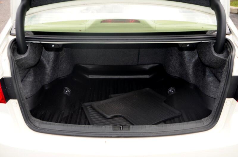 2011 Acura TSX 5-speed AT