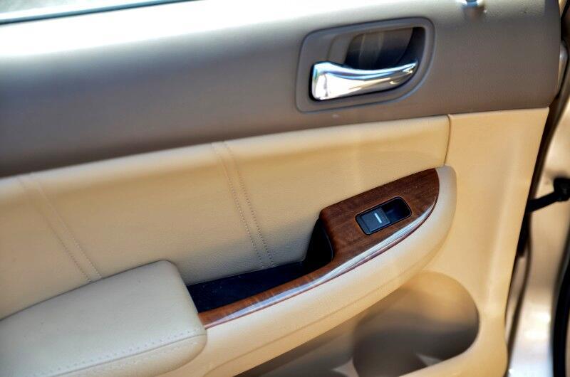 2006 Honda Accord EX V-6 Sedan AT w/ XM Radio