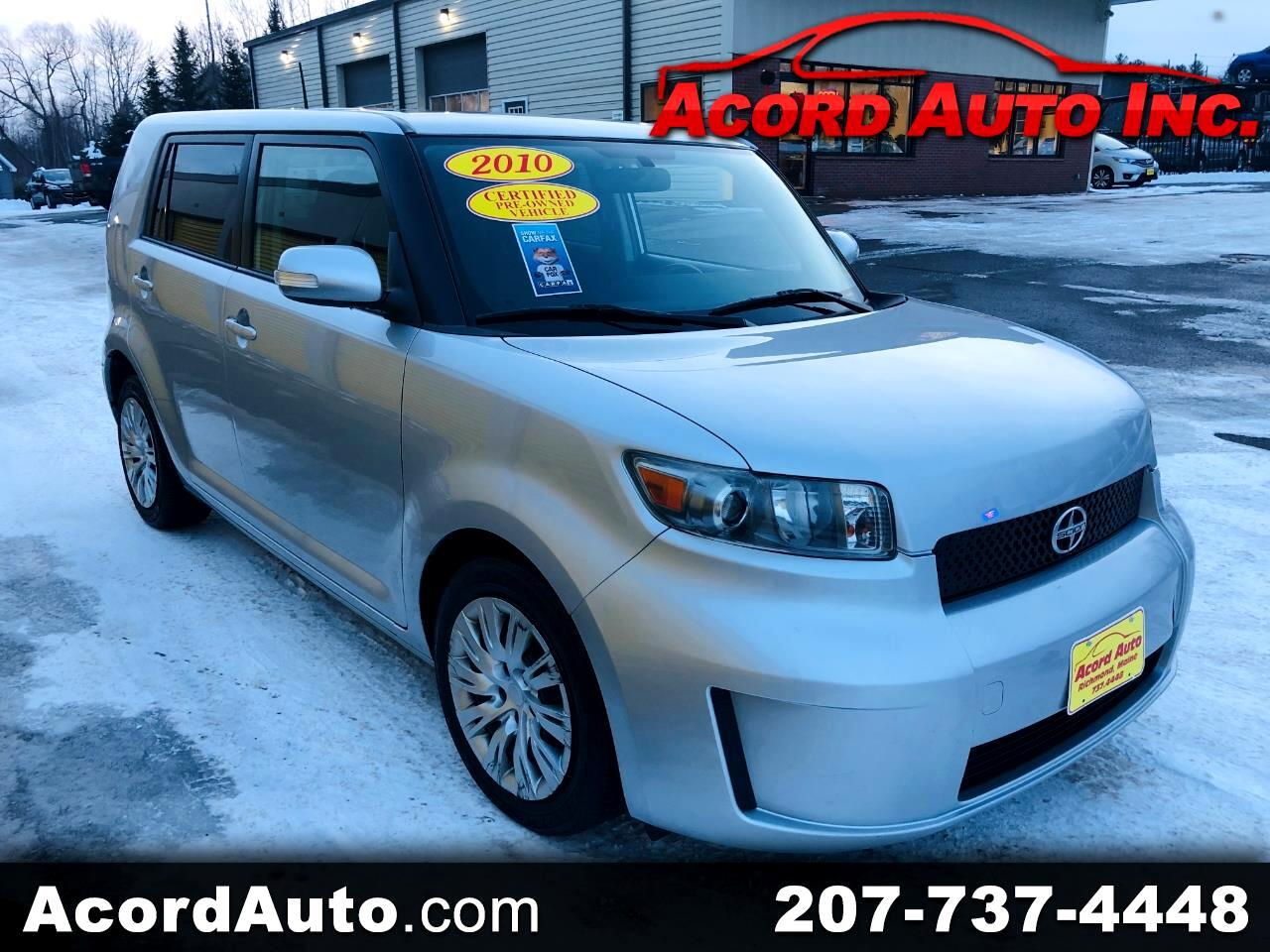 Scion xB 5-Door Wagon 5-Spd MT 2010