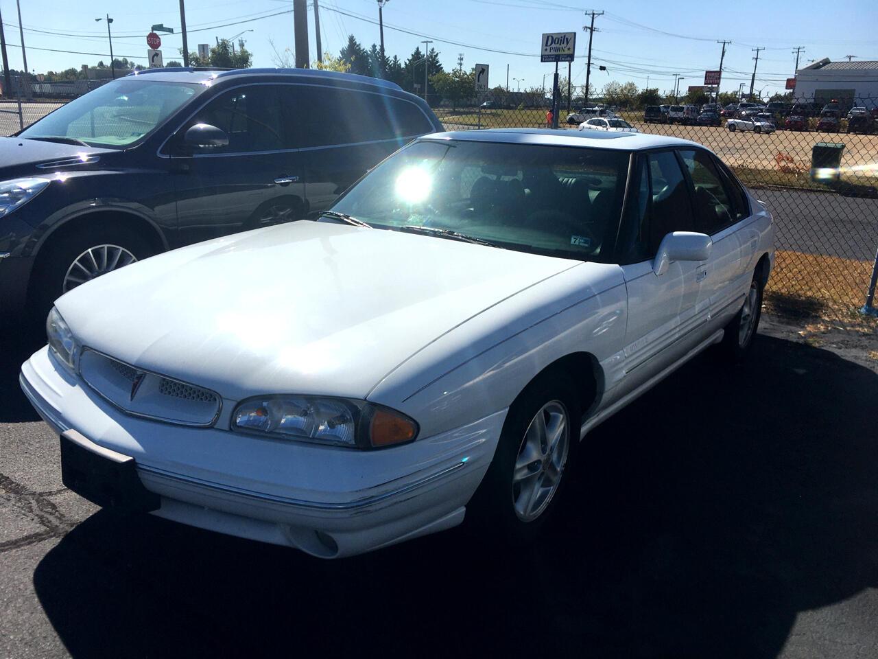 1996 Pontiac Bonneville 4dr Sdn SE