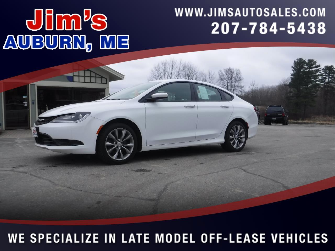 2015 Chrysler 200 4dr Sdn S AWD