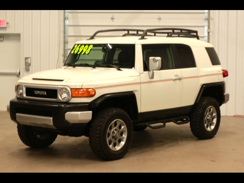 Toyota FJ Cruiser 4WD AT 2013