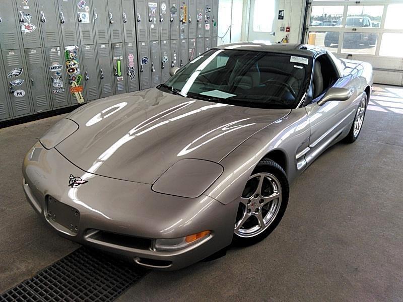 Chevrolet Corvette Coupe 2001