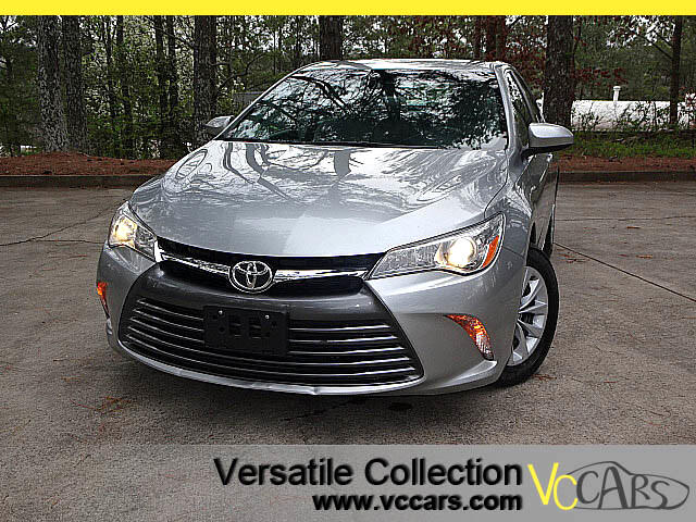 2015 Toyota Camry LE with CAMERA