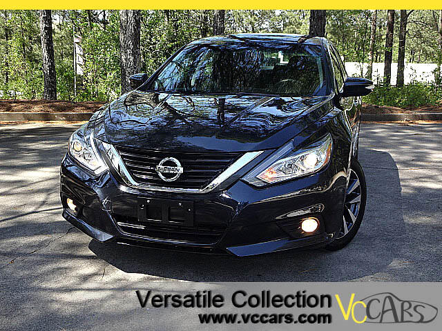 2016 Nissan Altima 2.5 SV with Sunroof Blind Spot Monitors