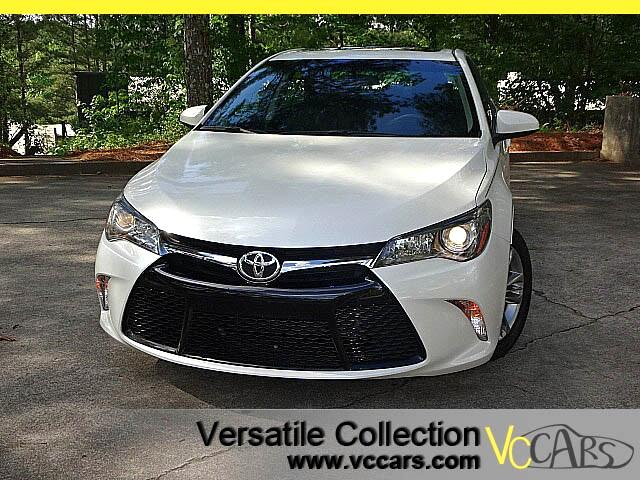 2015 Toyota Camry SE Tech Navigation Sunroof