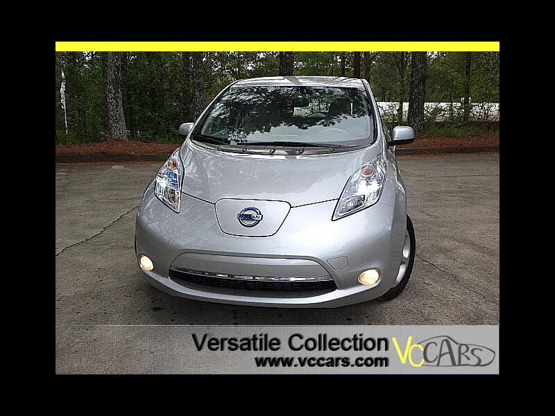 2011 Nissan Leaf SL Tech Navigation Back Up Camera XM BT HID Alloys