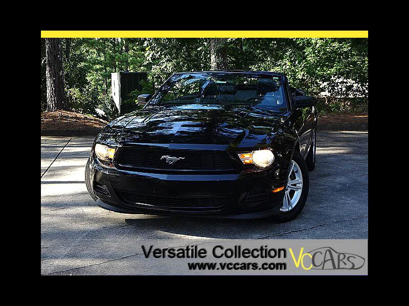 2012 Ford Mustang Convertible V6 Auto w/ Leather Seats