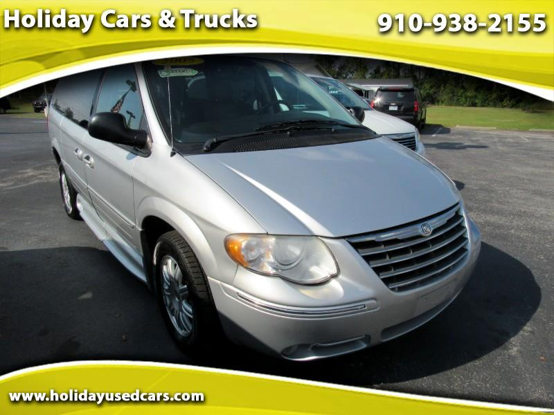 2005 Chrysler Town and Country Touring Platinum Series
