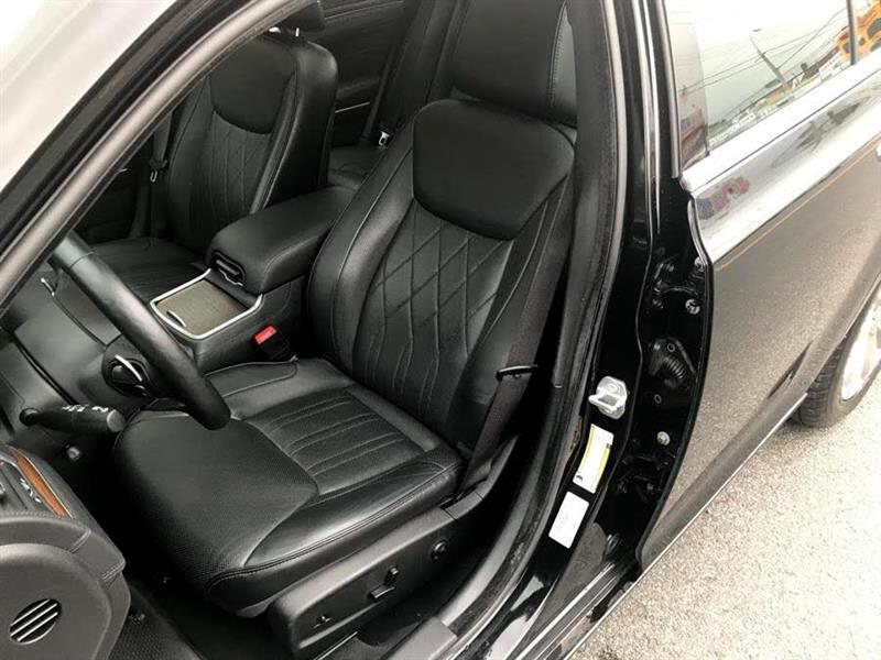2015 Chrysler 300 4dr Sdn 300C Platinum AWD